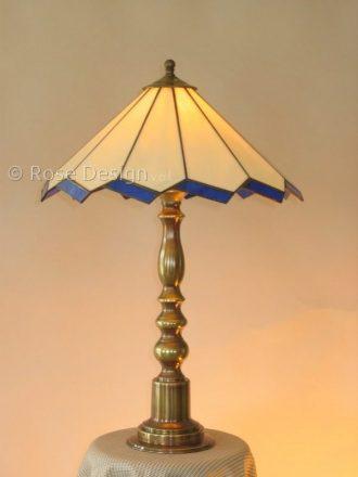 Acanthus 38 cm, hier gemonteerd als tafellamp.