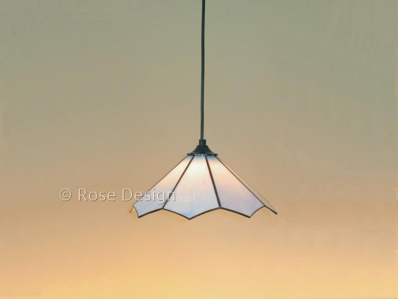 Lotus, een kleine Rose Design Tiffany hanglamp.