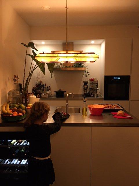 Eine Rose Design Silhouette in der Küche von Freek & Marieke.