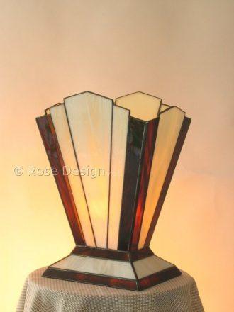Zodiac een Art Deco style Tiffany tafellamp van Rose design.
